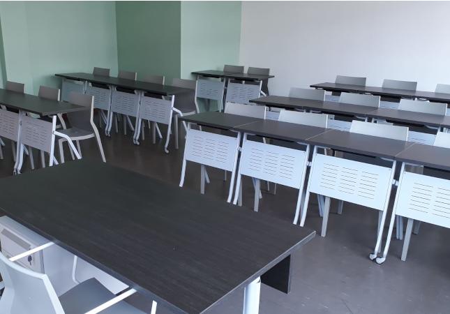Schulmöbel mit Pitagora und Hoth