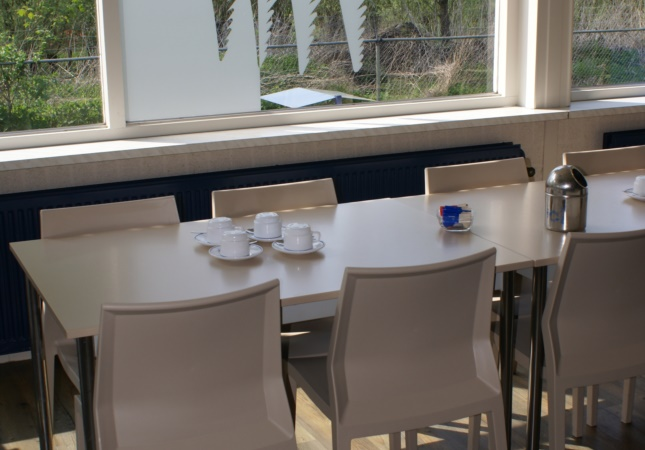Hoth Stuhlen im Café in der Niederlande